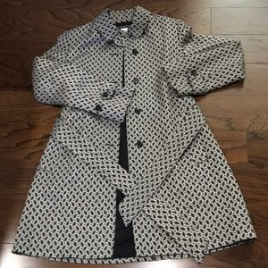 Jones New York cr/blk trench button belted coat